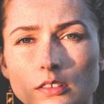 Gözlerdeki yorgun ifade Doç. Dr. Saime İrkören İzmir